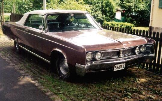 1967 Chrysler Newport Convertible Front